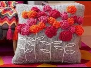 cojín lana y flores