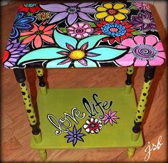 muebles pintados mesillita