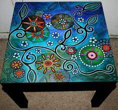 muebles pintados mesita 2
