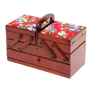 costurero-madera-flores-rojo