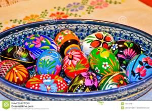 huevos-de-pascua-de-madera-13531938