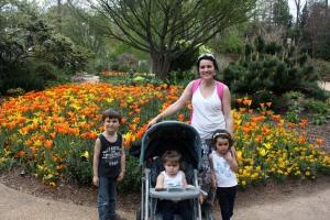 IMG_2723-08abr13-jardin botanico ATL-Ana y los 3 peques-lo (1)
