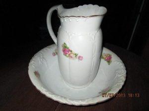 jarra-y-palangana-en-porcelana-antigua-en-excelente-estado-1858-MLU4615465779_072013-O