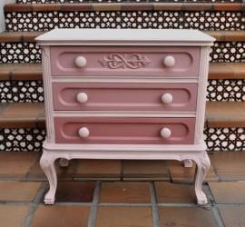 Muebles pintados muebles floreados creciendoentreflores for Muebles la rosa