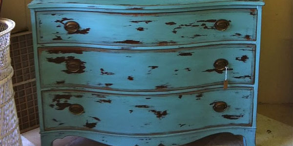 Muebles pintados muebles floreados creciendoentreflores for Pintura para muebles efecto tiza