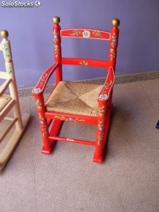 mecedora-infantil-decorada-roja-8087910z0-14161067