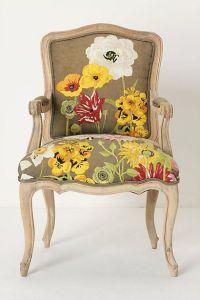 sillón flores tapizado