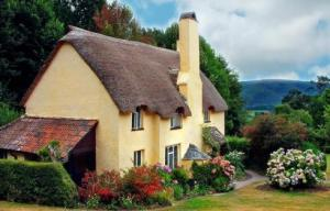 english-storybook-cottage7