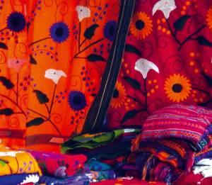 Chiapas, San Cristobal de las Casas, Market of Santo Domingo, Textiles 1 - Photo by www.Luxuriousmexico.com 0507 - copia