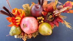 decorating-your-table-with-fall-colors_hero