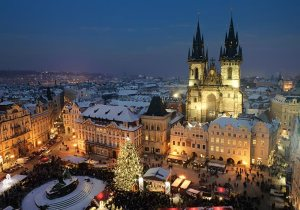 prague-old-town-square-with-christmas-lights-and-market-czech-republic