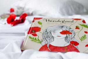 wonderland-cris-camarena