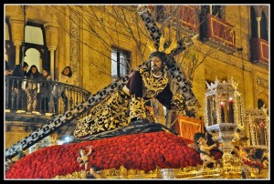 2-lunes-santo-exorno-floral-penas-de-san-vicente-2013-50