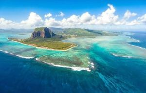 ilusorias-cataratas-submarinas-isla-mauricio-l-pofv1p