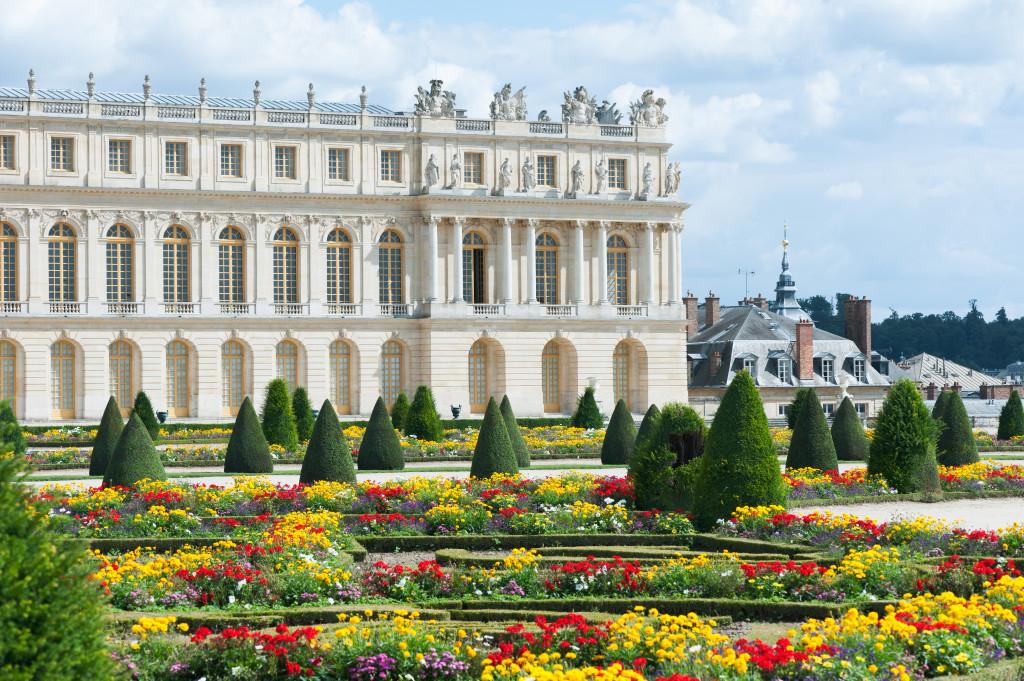 De Paseo Por Los Jardines De Versalles De La Mano De Mamen