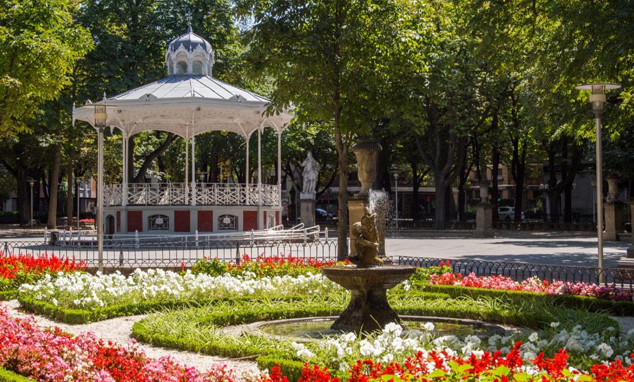 Viajando sin ir muy lejos lx vitoria for Ciudad jardin vitoria